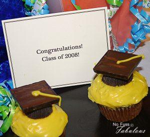 graduationnffcapscupcakes